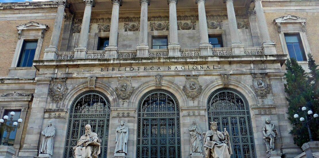 Abana en el Departamento de Adquisiciones e Incremento del Patrimonio de la Biblioteca Nacional de España